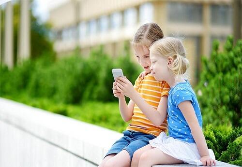 dangerous social media for kids