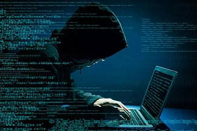 how hacker install keylogger